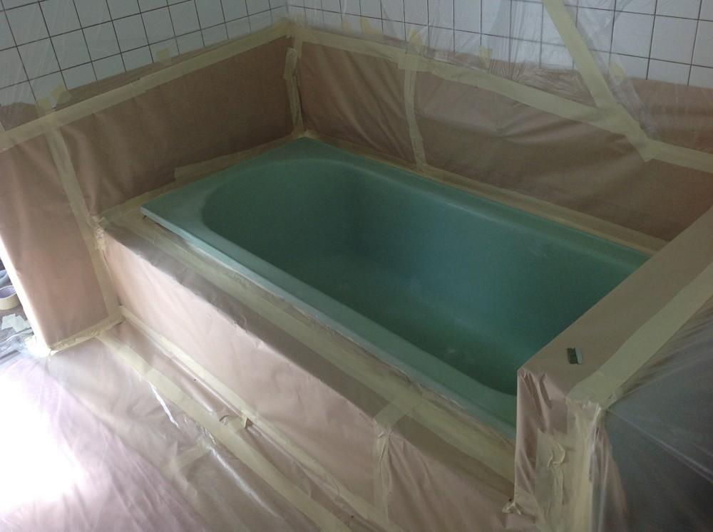 Resurfacing Solutions SA - Bathtub Resurfacing Before